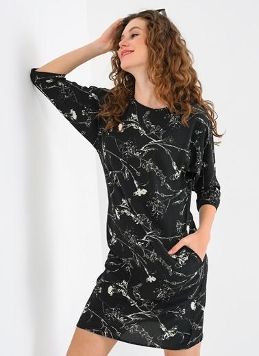 Cepli Truvakar Kol Siyah Beyaz Elbise-Ola